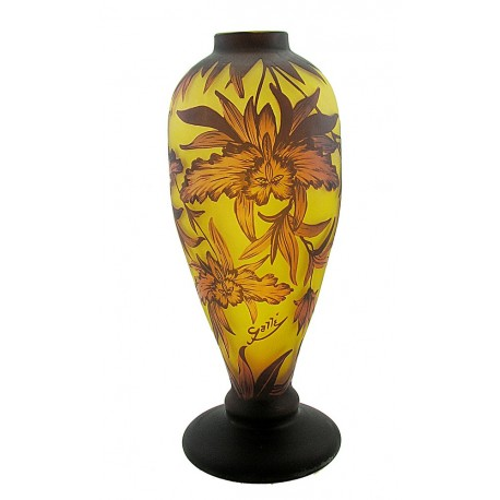 Large Cameo Art Glass Vase with Flower