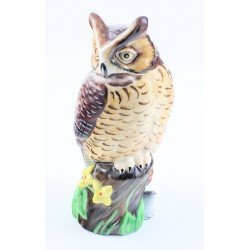 Lynn Chase Owl Figurine with Mouse Made by Hollohaza